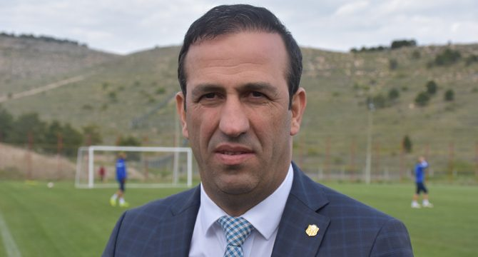 Yeni Malatyaspor Başkanı Adil Gevrek: Ali Ravcı ile devam edeceğiz