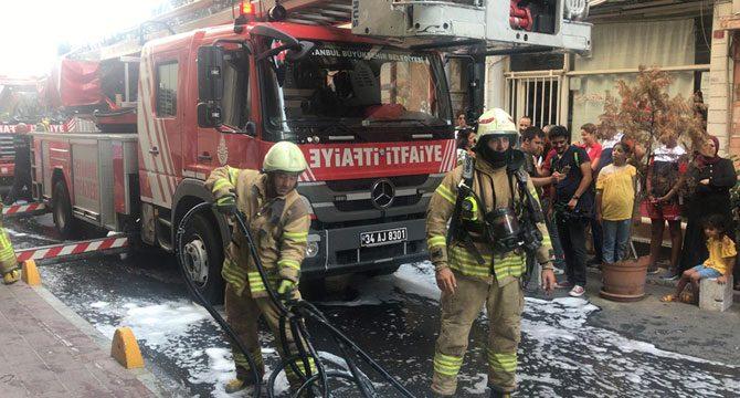 Fatih'te otelde yangın paniği