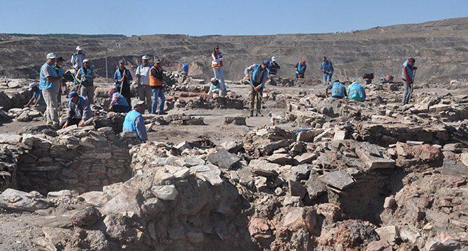 Seyitömer Höyüğü'nde kurtarma kazıları yeniden başladı