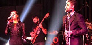 Serkan Çağrı ve Elif Buse Doğan, Keşan'da konser verdi