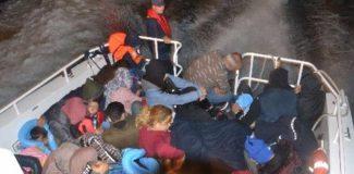 Kuşadası'nda 36'sı çocuk 68 kaçak göçmen yakalandı