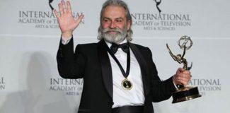 """Haluk Bilginer'e Emmy'de """"en iyi erkek oyuncu"""" ödülü"""