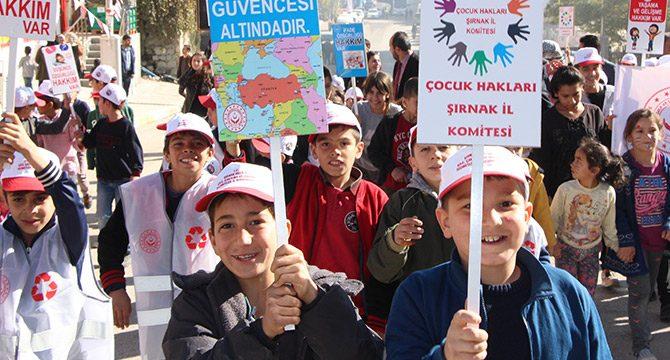 Şırnak'ta 'Çocuk hakları durağı' kuruldu