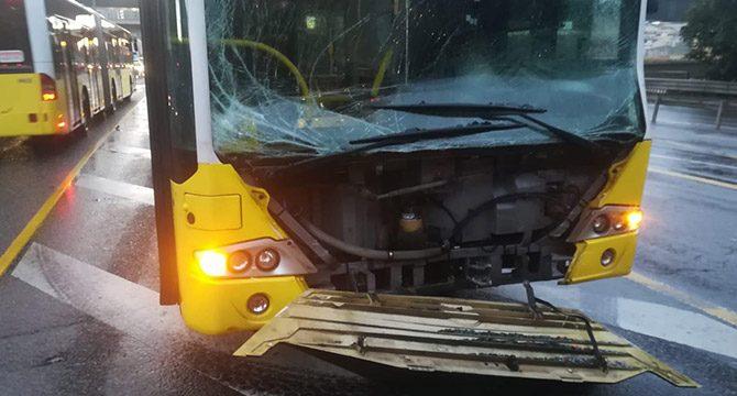 Fikirtepe'de metrobüs kazası