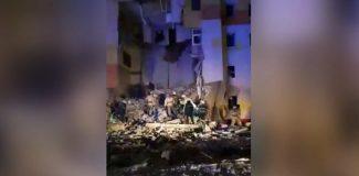 Rusya'da patlama sonucu 4 katlı binanın bir kısmı çöktü