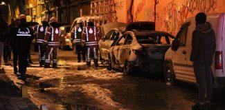Şişli'de araçların lastiklerini kesip ateşe verdiler