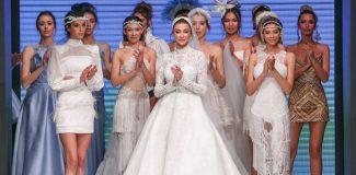 Özge Ulusoy, Antalya'da gelinlik giydi