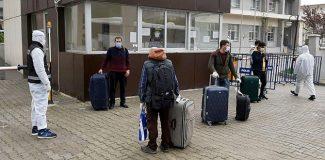 Cezayir'den getirilen 450 Türk işçi, Aydın'da karantinaya alındı