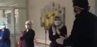 Malatya'da koronavirüs tedavisinden sonra alkışlarla taburcu edildi